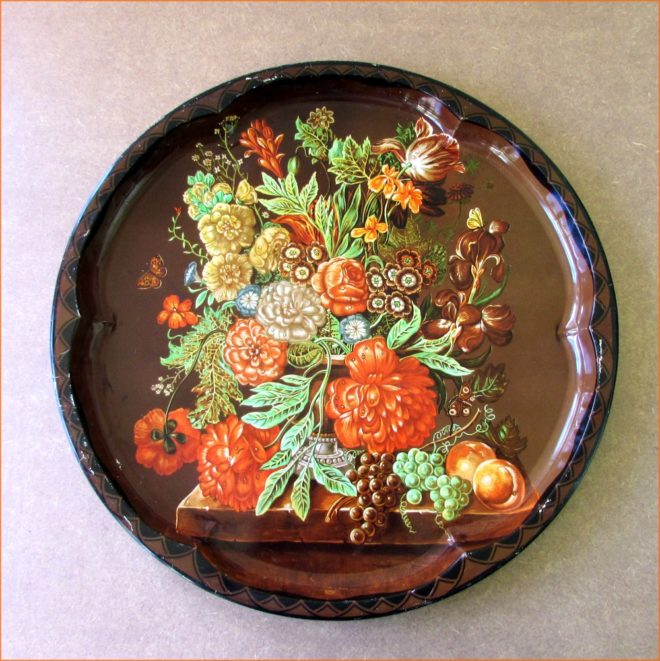 Daher Decorated Vintage Tin Tray
