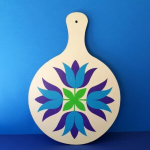 Tulip chopping board